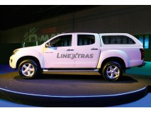 STARLUX ISUZU D-MAX 2012 DOUBLE CAB. W/ WINDOWS