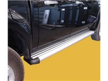 side-steps Aluminum 4P. Navara D22