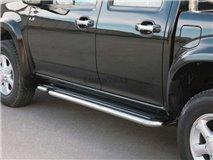 Black 4P stirrups. Isuzu D-Max 2007