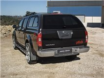 Starlux Nissan D40 2010 Double with Windows (Painted)
