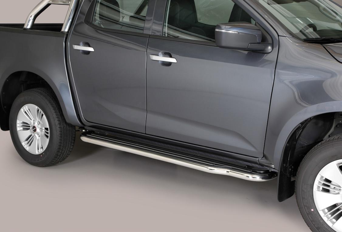 [50.OC5 04/I] SIDE STEPS S.STEEL D.CAB ISUZU D-MAX 2020