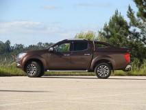 Full-Box Nissan Navara NP300 D23 CD X-EVO V Linextras (Primário)