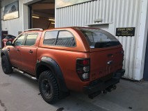 Hard-Top Starlux Ford Ranger DC 2009/2012 W/ Windows Linextras (Primary)